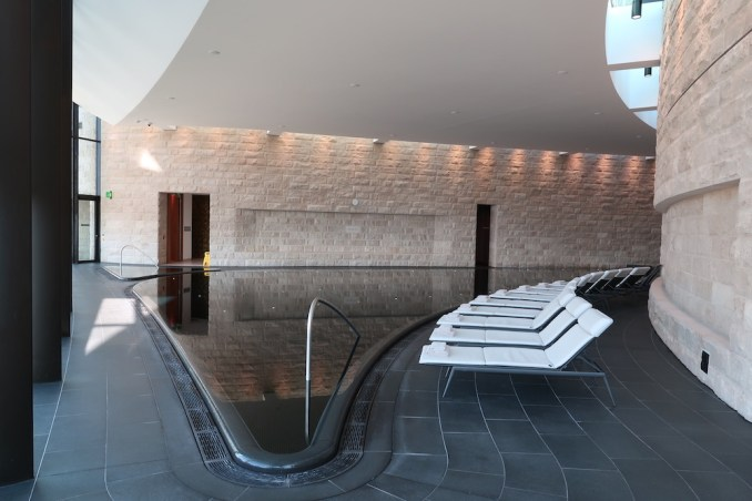 THE DOLDER GRAND: SPA - INDOOR POOL