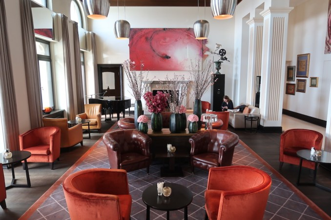 THE DOLDER GRAND: RECEPTION AREA