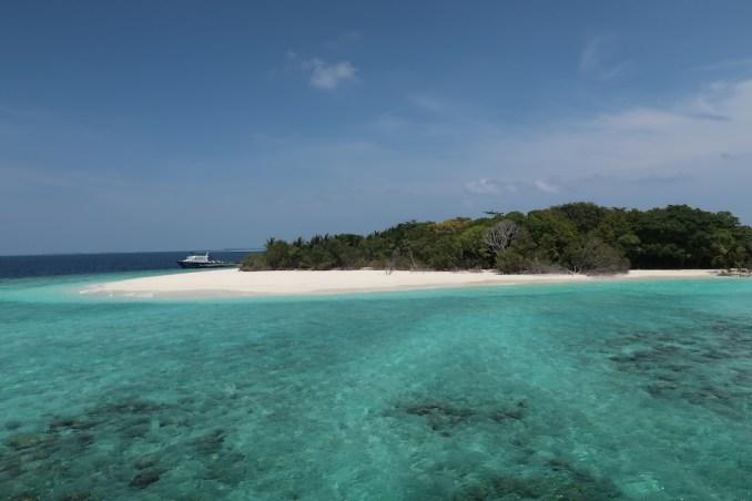 SONEVA FUSHI: BEACHES