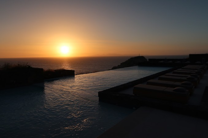CANAVES OIA EPITOME: SUNSET