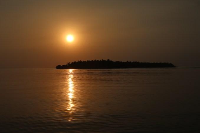 SONEVA IN AQUA: SUNSET