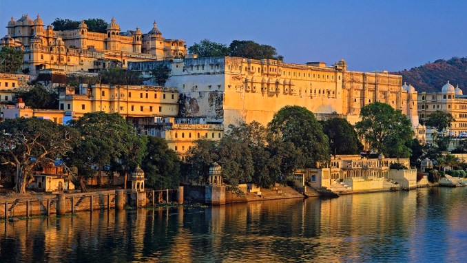 THE PALACES AND LAKES OF UDAIPUR