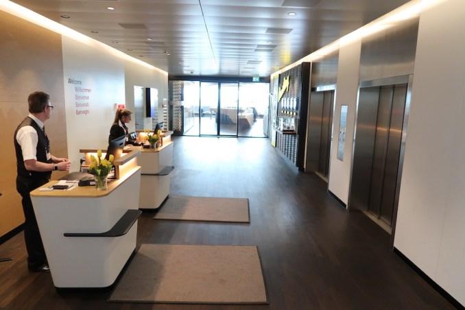 SWISS FIRST CLASS LOUNGE AT ZURICH AIRPORT