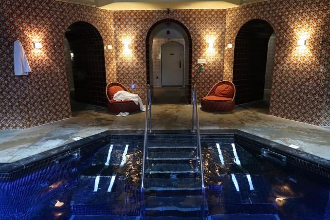 ST PANCRAS RENAISSANCE HOTEL: SPA (POOL AREA)