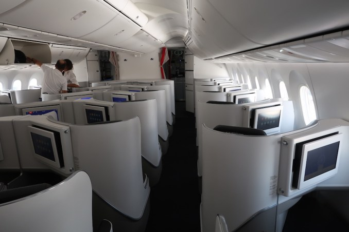 AIR FRANCE B787 BUSINESS CLASS CABIN