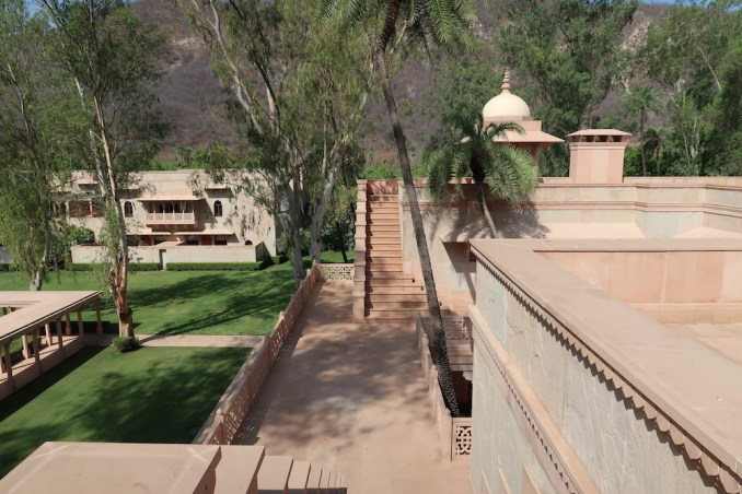 AMANBAGH: LIBRARY (TERRACE)