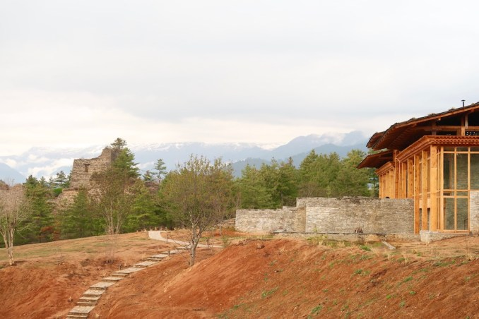 SIX SENSES BHUTAN PARO REVIEW