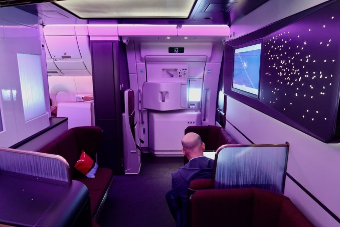 VIRGIN ATLANTIC A350 ONBOARD LOUNGE