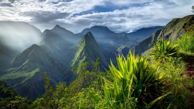 LA REUNION - most beautiful islands in the world
