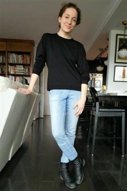 The CompreFLEX Lite didn't add too much added bulk beneath my jeans.