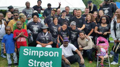 Simpson Street folks with Shalom Ministries volunteers. Photo courtesy of A. King
