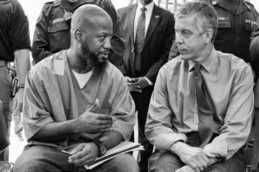 pilot-college-program-for-prisoners-two-men-talking