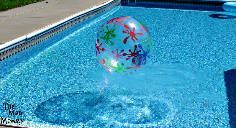 Summer Days are driftin' away like a giant beach ball and back to school is coming.