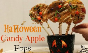 Your kids won't be able to keep their hands off of these Halloween Candy Apple Pops!