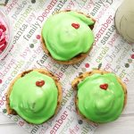 The Grinch by Dr. Seuss has always been a part of my childhood memories and the Grinch, himself, has always been a part of Christmas! I can't promise that your heart will grow 3 sizes in one day, but the recipe for these Grinch Cinnamon Rolls might start you off in the right way!