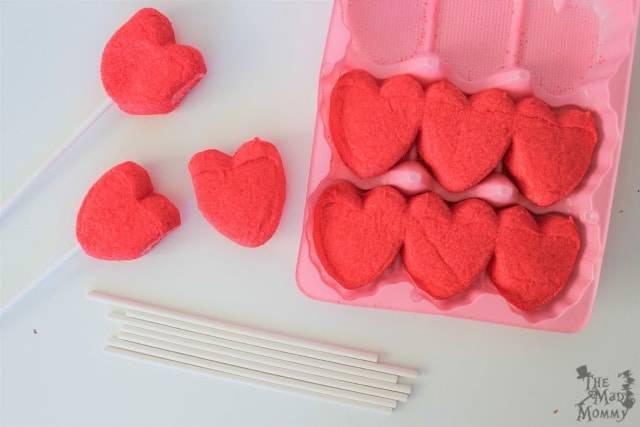 Last Minute Valentine Peep Pops