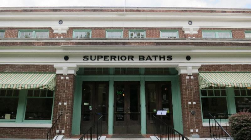 superior-bathhouse-brewery