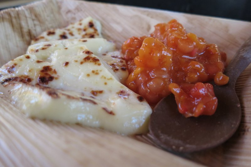 cloudberry-jam-juustoleipa