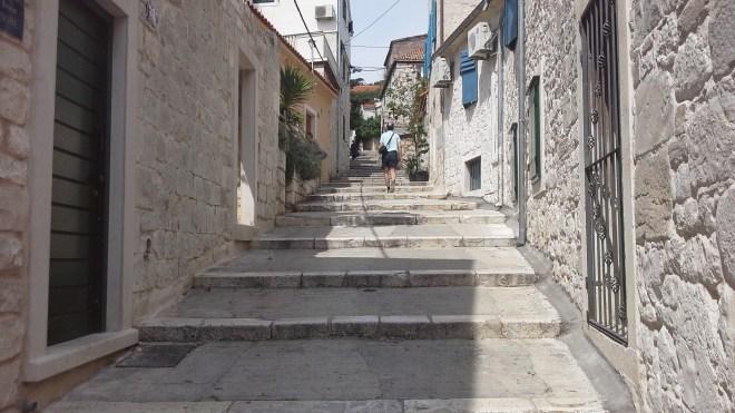 Varos area, nice to wander around.  And so many steps!