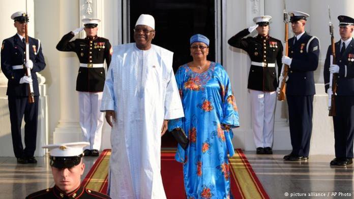 Mali's president Ibrahim Boubacar Keita and his wife arriving at the White House