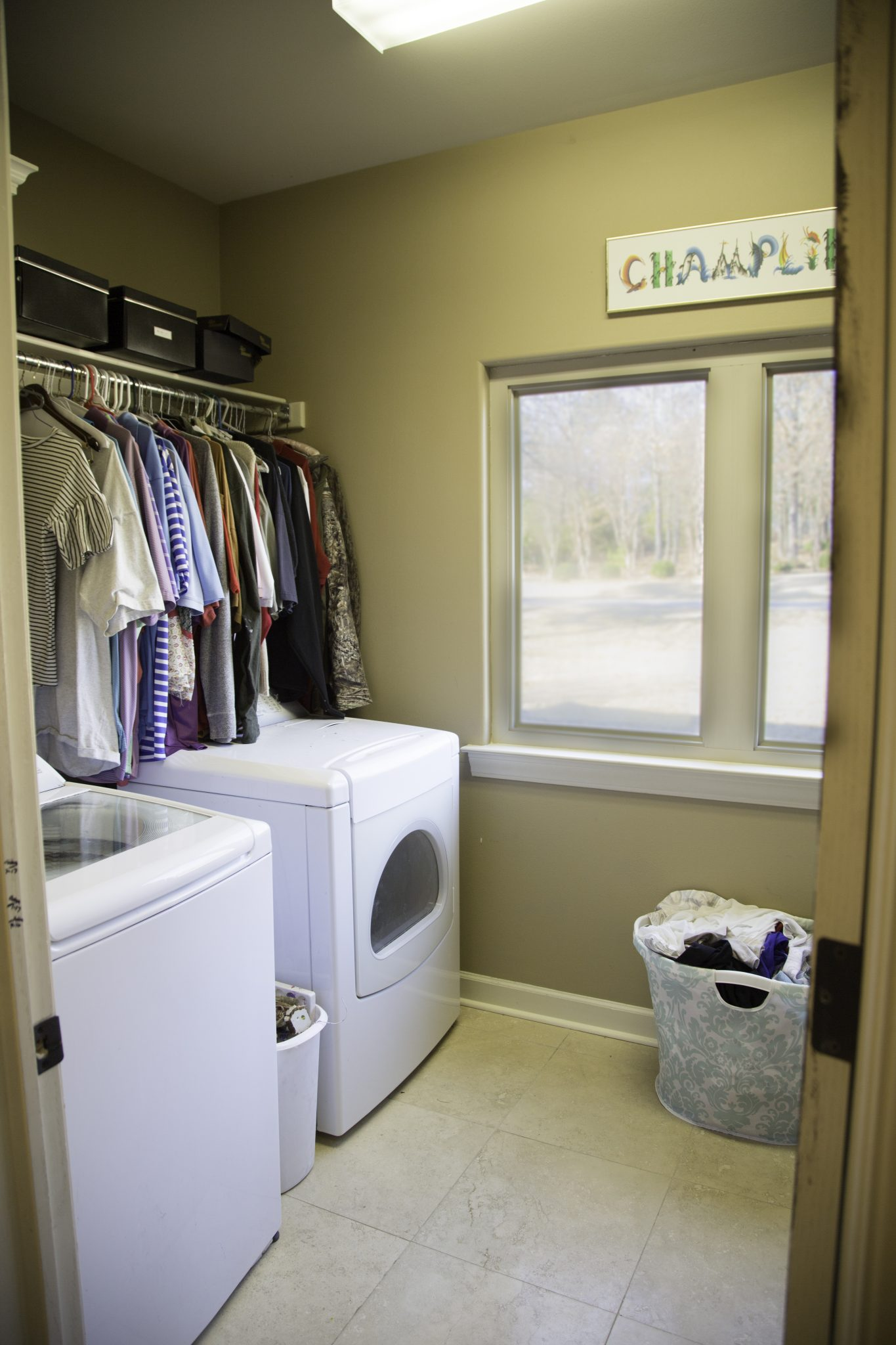 Some Fun Ideas For Laundry Room Decor