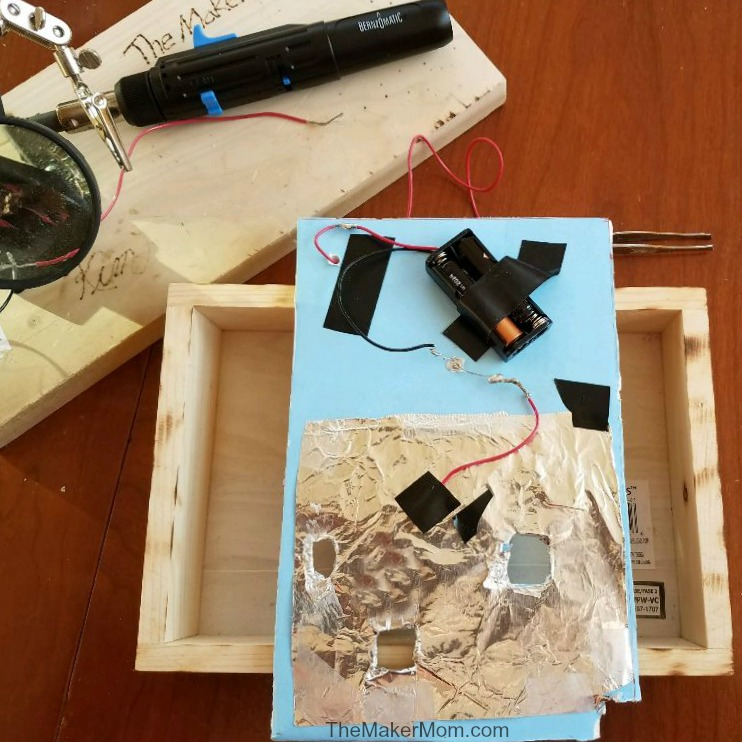 Make a DIY Operation game with The Maker Mom!