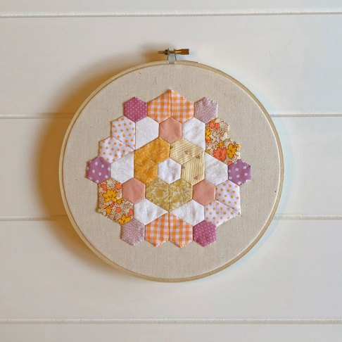 Berry Tea Rosette Pattern - The Maker's Stash-01