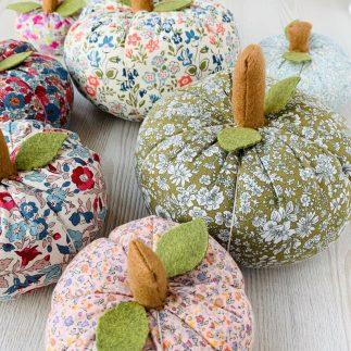 Fabric Pumpkin Pattern - Zoe Mayson