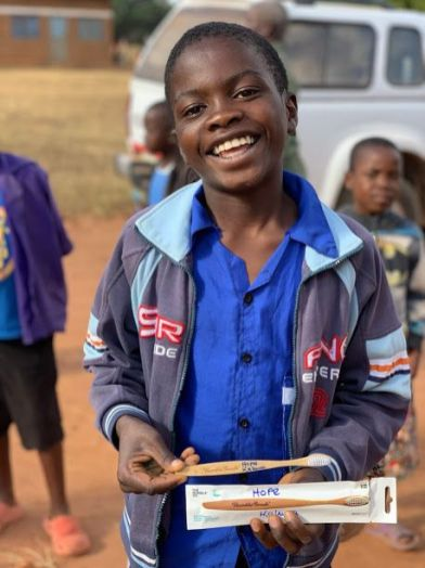 Children at Ebangweni School for the Deaf receiving their bamboo toothbrushes donated by Humble. pic 2