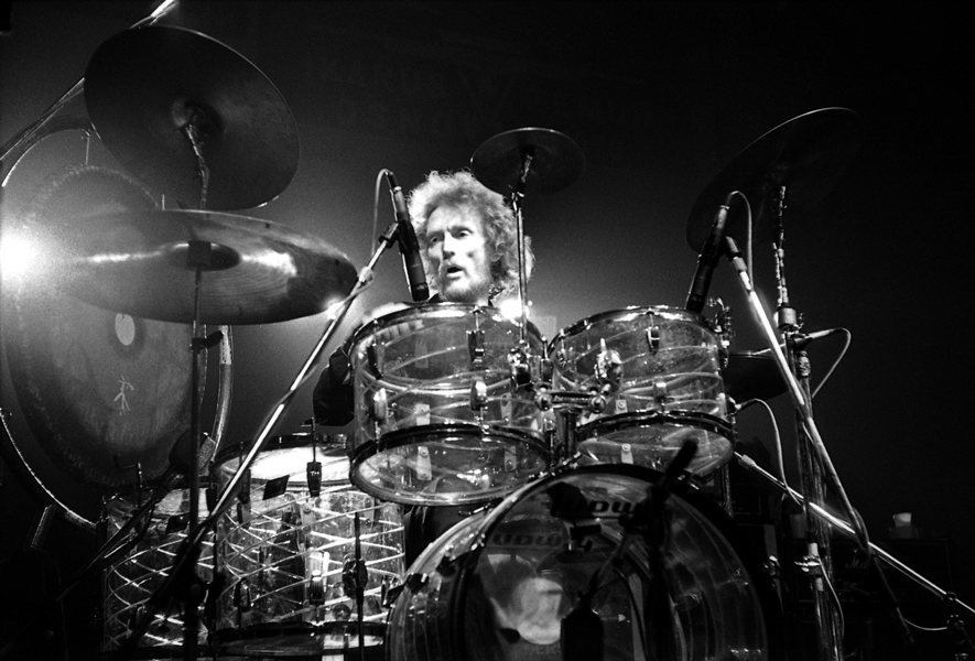 Cream:s legendariska trummis Ginger Baker har avlidit i en ålder av 80 år.