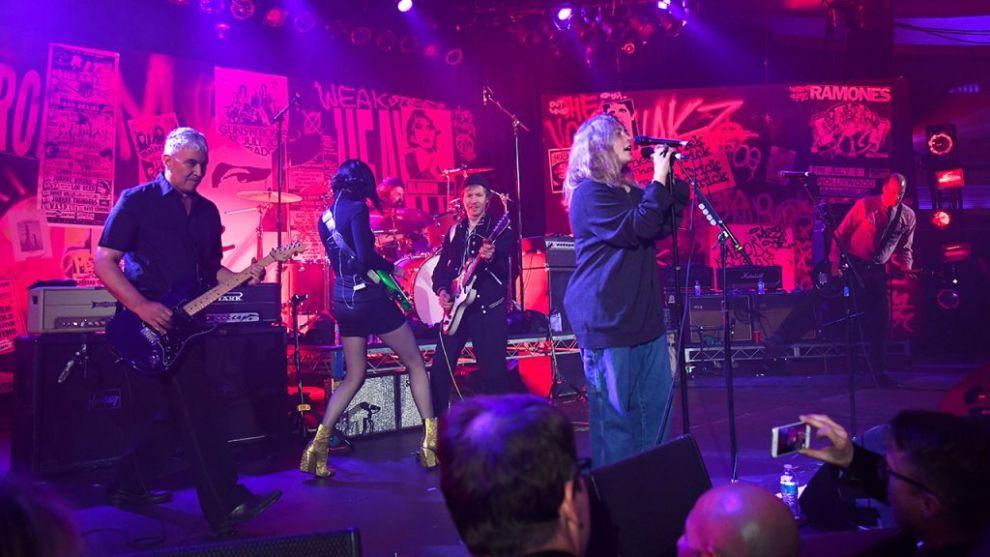 Nirvana återförenades i natt!