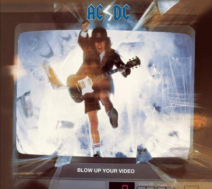 "AC/DC – Blow Up Your Video"" 32 år."