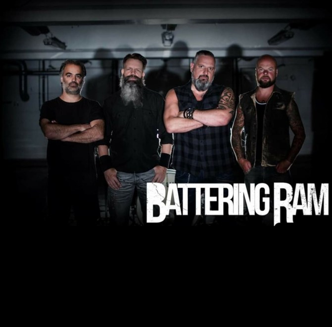 Battering Ram skriver på för Kingart Music Promotion.
