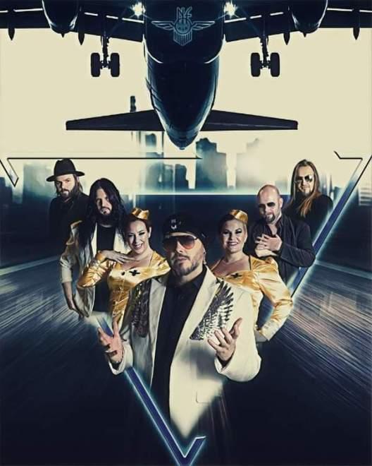 The Night Flight Orchestra släpper egen Rom och Sparkling Wine.