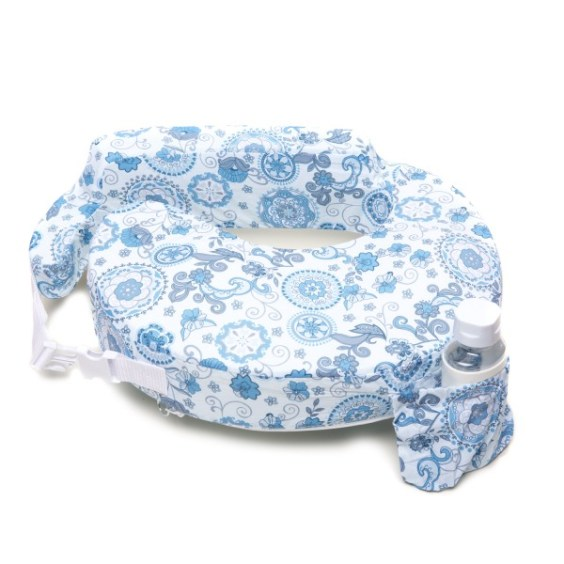 must-have baby items, breast friend nursing pillow