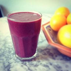 Beetroot-berry-kale-and-banana-smoothie