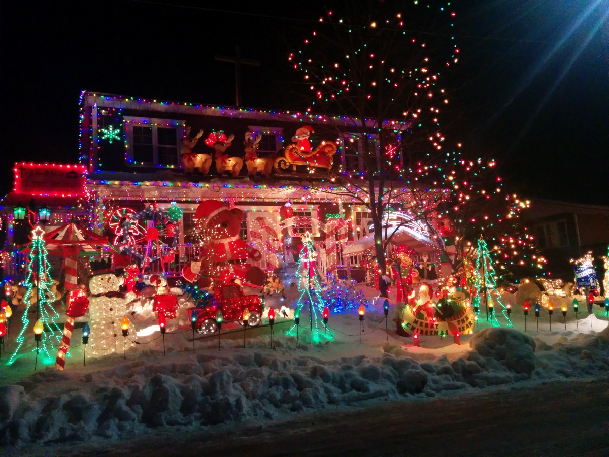 St Mary S Christmas Light Display Causes Massive Blackout