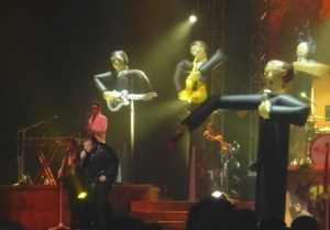 Meat Loaf collapses at Edmonton show