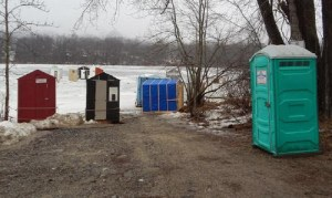 Newest Renforth ice shack deemed 'eyesore'