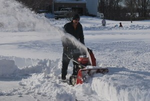 EXCLUSIVE: Equipment shop 'mafia' hiring flyer carriers to damage snowblowers