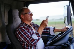 N.B. gov't opens newest 'tip line' to report distracted drivers