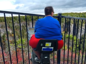 New Brunswick to make all tourist destinations accessible by motorized shopping cart