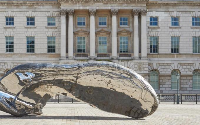 marc-quinn-frozen-waves-broken-sublimes-at-somerset-house-photo-prudence-cuming-associates-marc-quinn-studio_header
