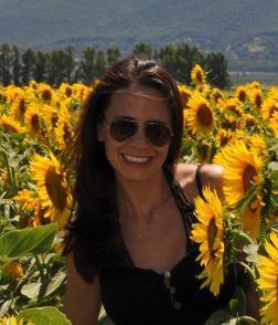 Aimee_Sunflower-252x294