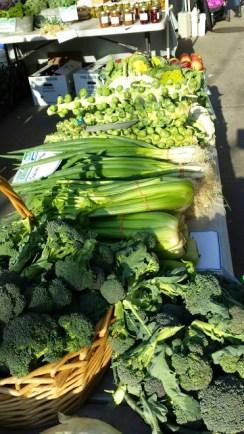 Farmers-market-food