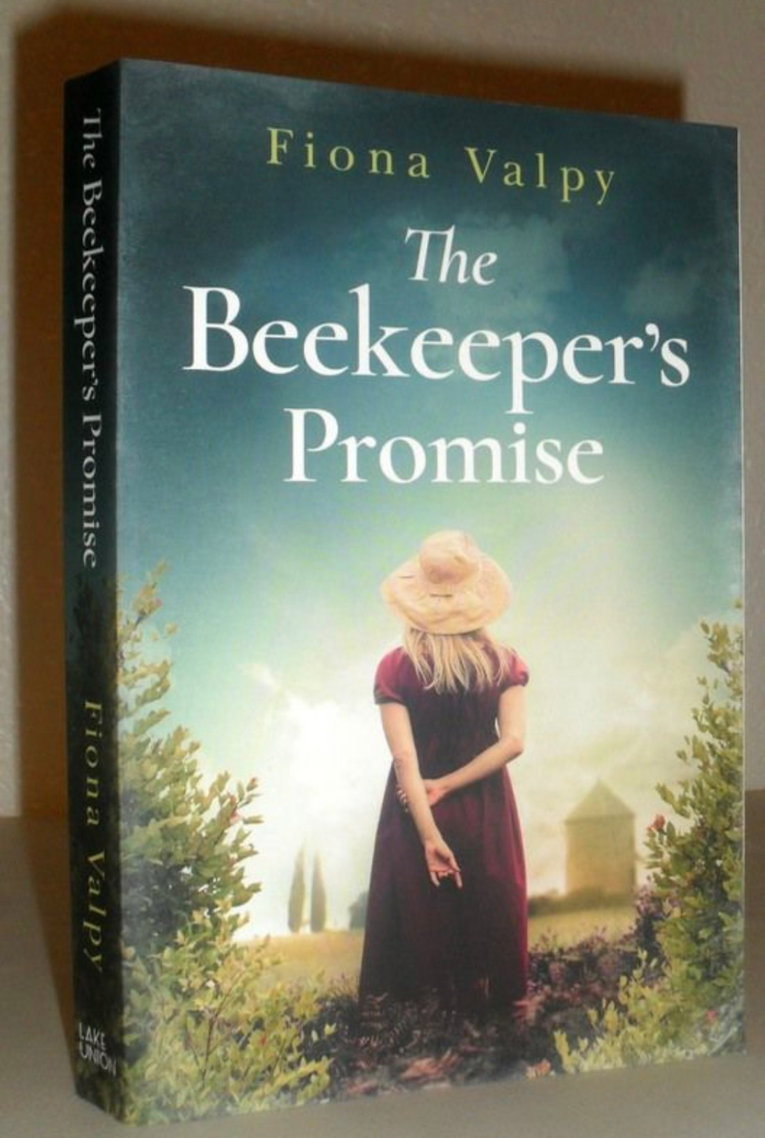 what i read this march 2021 beekeeper's promise book review
