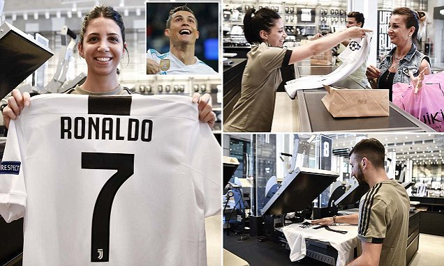 Juventus fans rush CR7 Jersey: Juventus fans rush for CR7 Jersey ahead unveiling