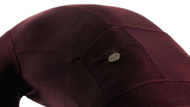 svelte_product_1080x608_details_burgundy
