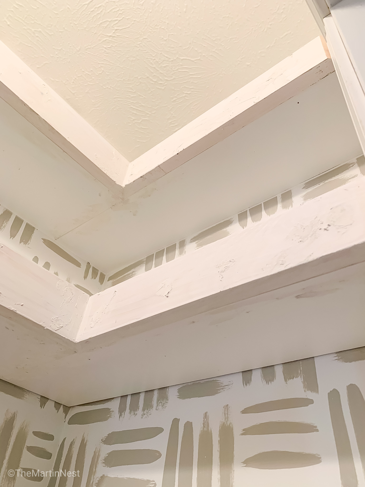 Caulk and Wood filler to finish DIY floating Shelves