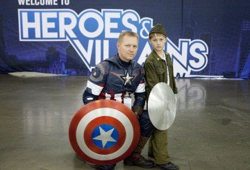 Heroes and Villains Fan Fest cosplay